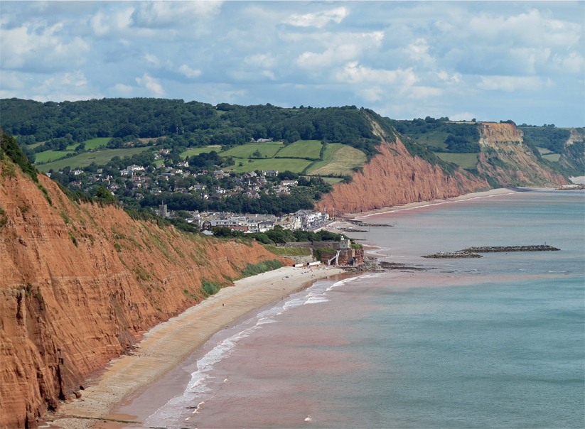 Tbe beach beyond Jacobs Ladder looking east towards Sidmouth